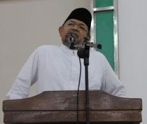 (Alm) Prof. Dr. KH. Ali Musthofa Ya'kub saat memberikan kuliah umum di depan Mahasantri Ma'had Aly Hasyim Asy'ari Tebuireng akhir 2012 silam. Beliau meninggal dunia di Rumah sakit Hermina Jakarta 06.00 Kamis (28/4/2016).